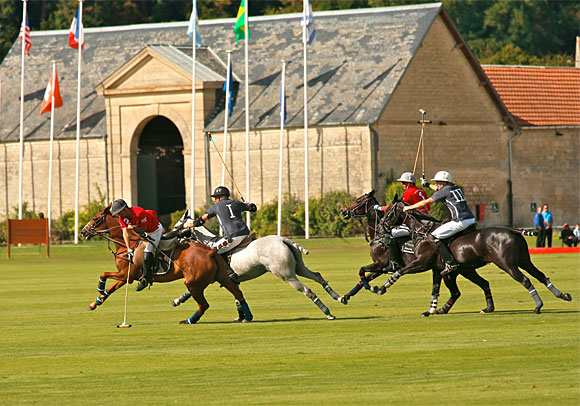 Programme de la saison 2015 au Polo Club